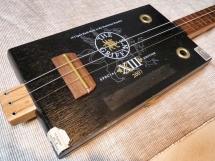 blacky Cigarbox Gitarre